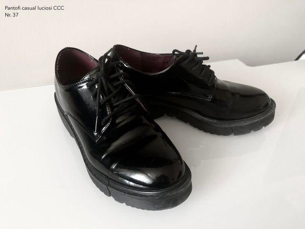 Pantofi casual cu platforma luciosi CCC