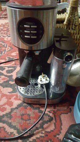 Немска еспресо кафемашина прави и капучино