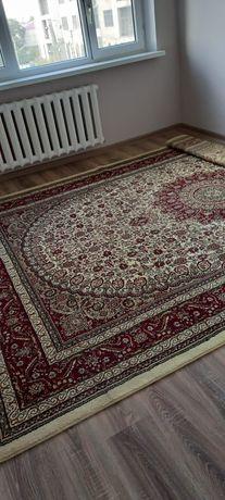 Продается ковёр, Ауэзова 52 г