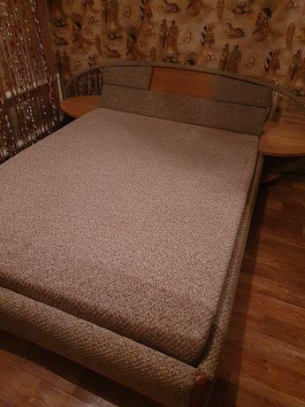 Продам 2х спальную кровать