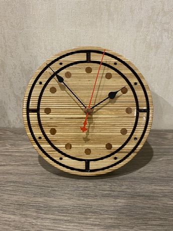 Часы дерево, ручная работа