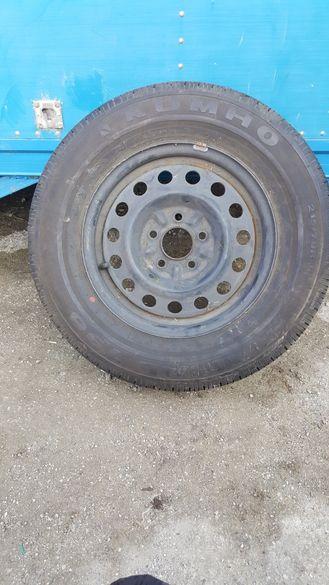 Нова джанта и нова гума 15 за хюндай