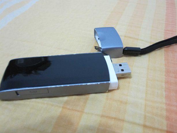 Modem stick Usb Huawei E392u-12 4G LTE decodat pe orice retea-ieftin