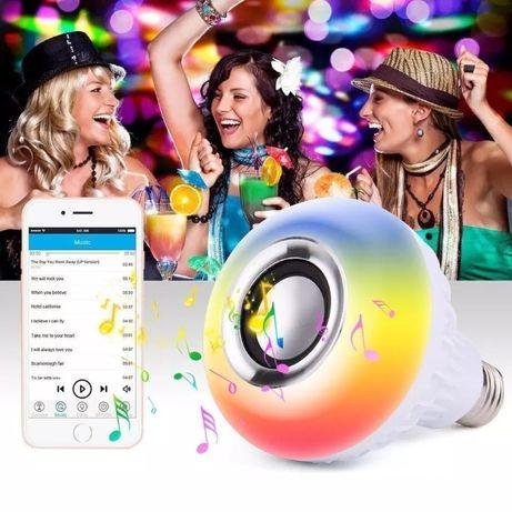 СУПЕР ХИТ Bluetooth колона LED RGB диско лампа крушка музика ефекти