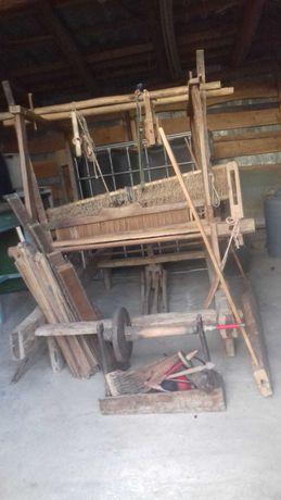 Razboi de tesut-vechi de peste 100 de ani