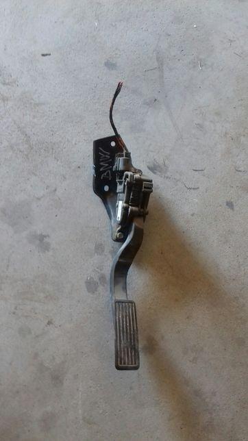 Vând pedala acelaratie cu senzor land rovar freelander td4.