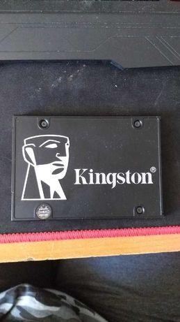 Продам SSD диск Kingston 512GB