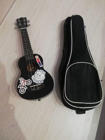 продам укулеле, новое, чёрного цвета