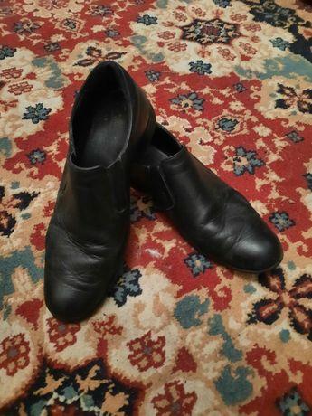 Туфли чёрные подростковые