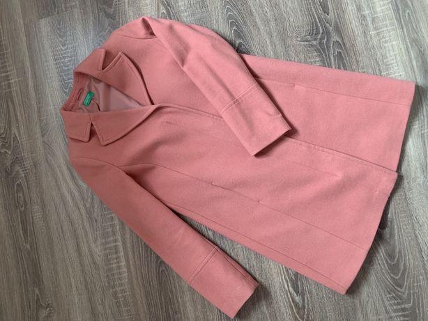 Женское пальто United Colors of Benetton