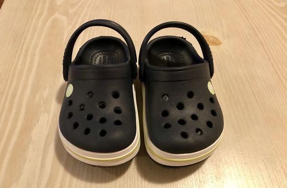 Чисто нови, детски пантофи Crocs