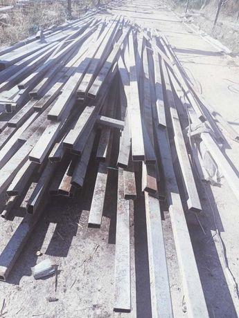 Продается металлическое трубы б/у с размером 5-6 метр