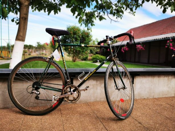 Vand bicicleta cursiera GITANE