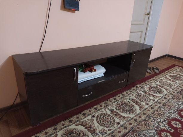 подставка по телевизор