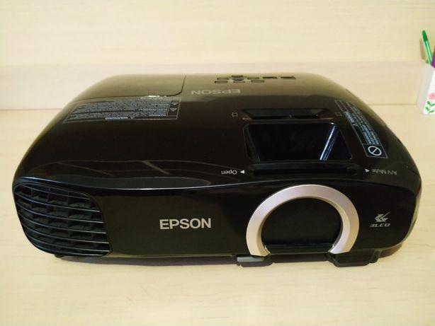 Проектор Epson EH-TW5200