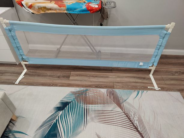 Продаются детские бортики-барьеры для кровати