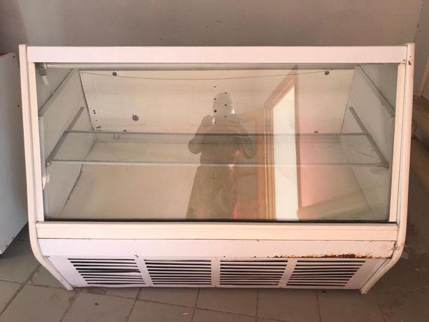 Холодильник для магазина прилавочный