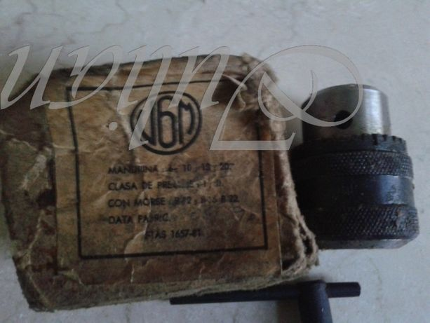 Mandrine: romaneasca din stoc vechi cu cheie