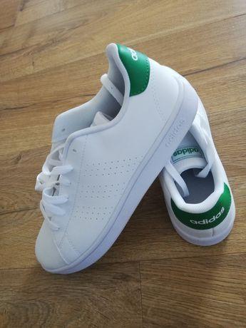 Vând adidasi Adidas