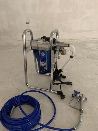 Executam glet mecanizat si lavabil mecanizat