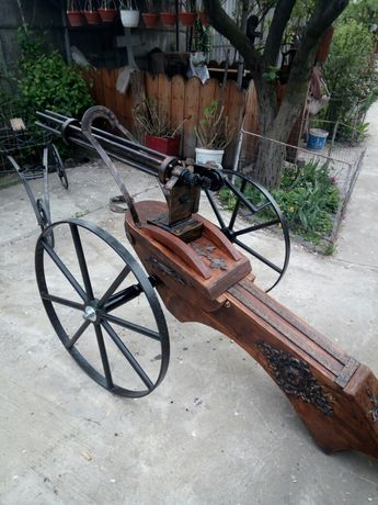 Mitraliera gatling