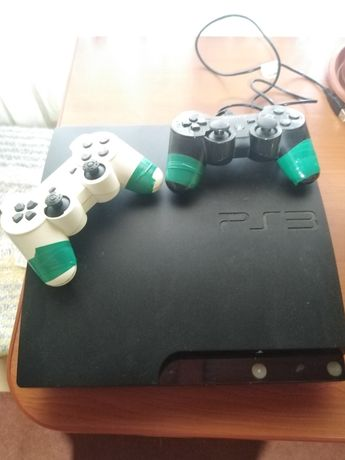 Vând/schimb PS3 cu tot cu jocuri
