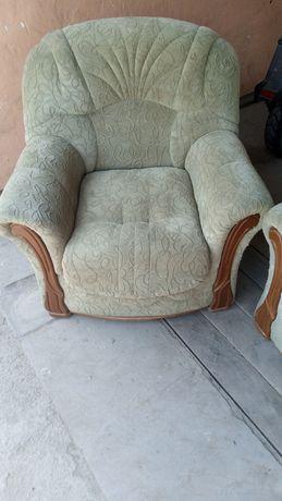 Кресла  -  2 шт.