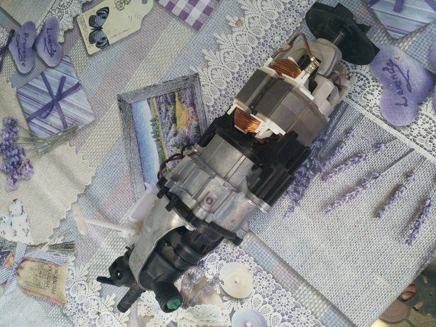 Motor și carcasa aparat de spălat cu presiune