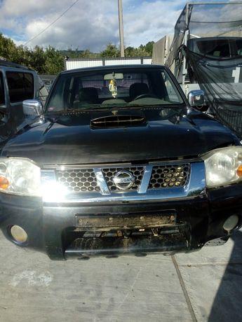 Dezmembrez Nissan Navara D22-2003