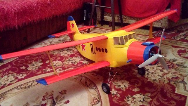 aeromodel macheta AN 2