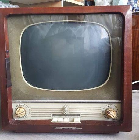 Телевизор Рубин 102 работещ