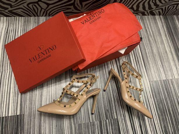 Pantofi-sandale Valentino  colecția 2020piele naturală 100%POZE REALE.