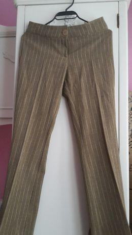 Дамски костюм (панталон и сако)