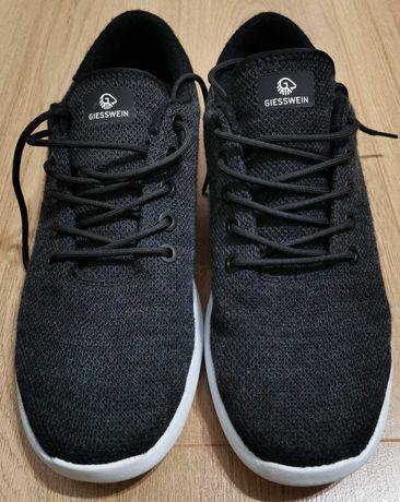 Adidas barbati Giesswein Merino Wool Knit Anthracit 45 stare excelenta