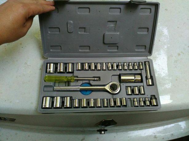 Набор ручной инструмент новый