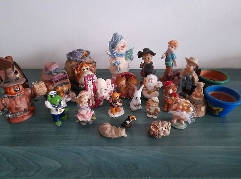 Figurine/decoratiuni ceramica fina lucrate manual