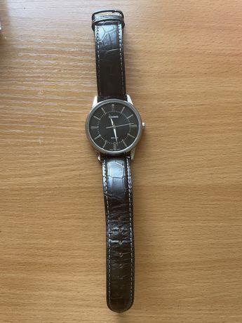 Наручные часы  KASIO
