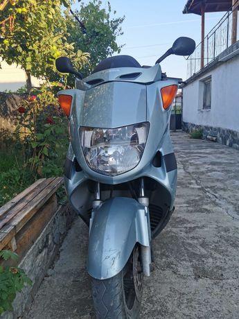 Honda pantfeon скутер