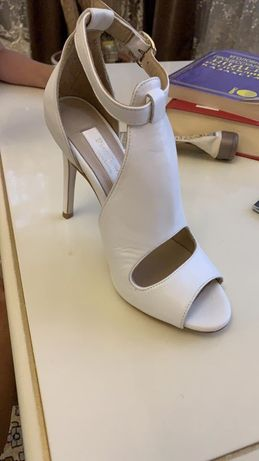 Туфли шикарные 35 размер