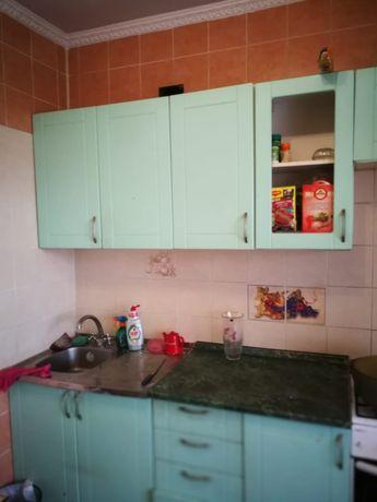 Продам кухонный гарнитур 50000