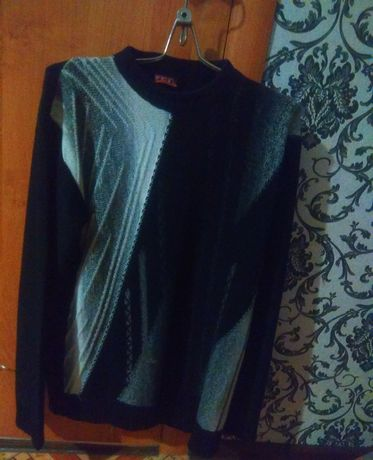 Продам свитера Мужские по 3000тг
