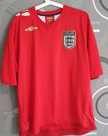 Гостуваща фланелка на Англия от сезон 2006-08