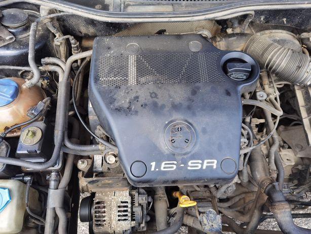 Motor Golf 4 1.6 SR