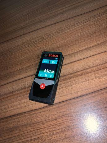 Telemetru cu laser Bosch PLR 50 C + geanta de protectie