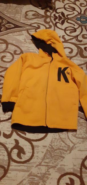 Продам подростковые куртки. Зима, весна- осень