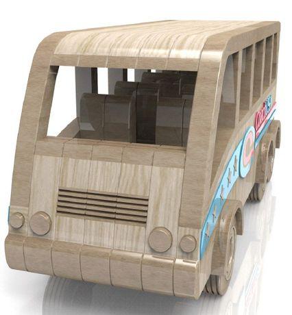 autobuz din lemn