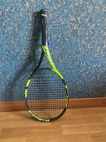 Продаётся теннисная ракетка