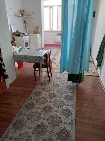 1 ком. Квартира жалға бериледи 27 мкр. сожителница болып