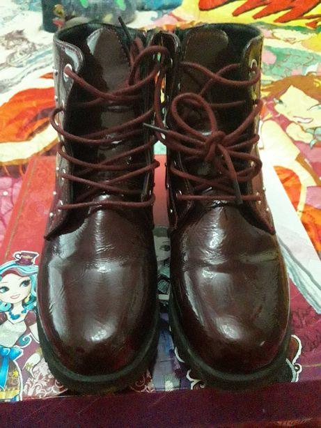 Осенняя и зимняя обувь