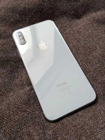 iPhone X на 64 памяти
